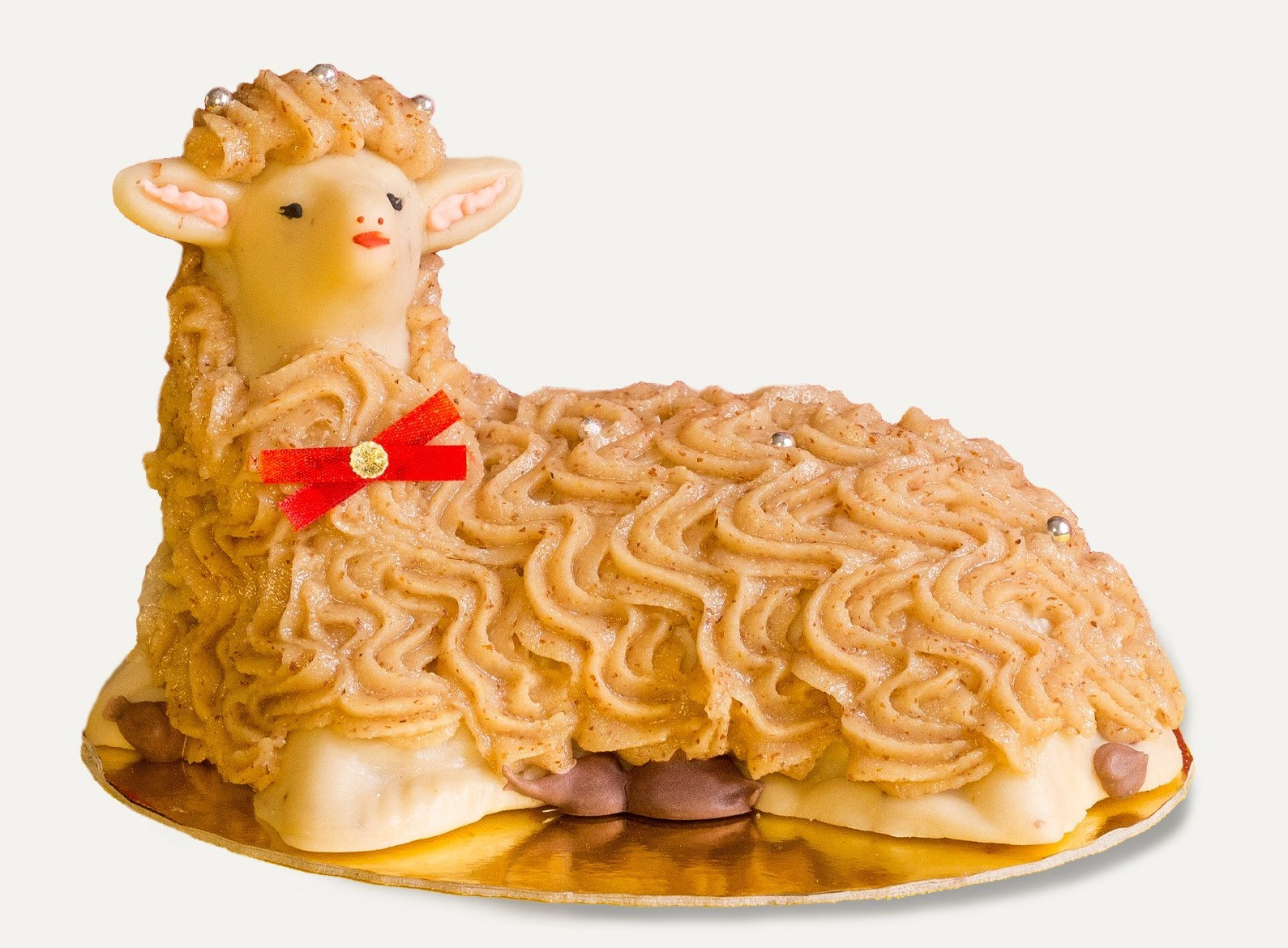 L' agnello pasquale, dolce tradizione siciliana di pasta di mandorle