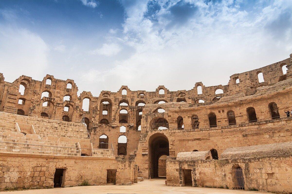 dettagli anfiteatro romano africa
