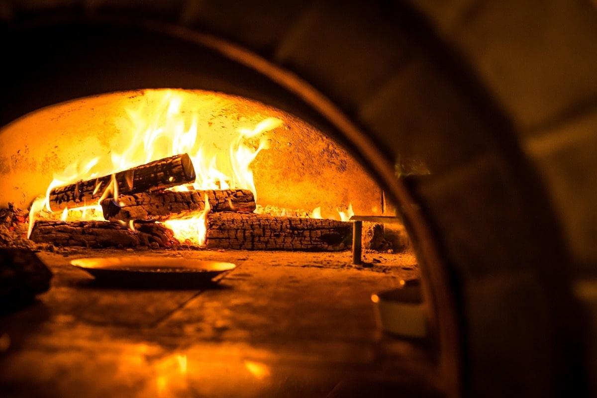 forno a legna per piazza fiamma